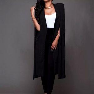 Black cape, never worn size S/M